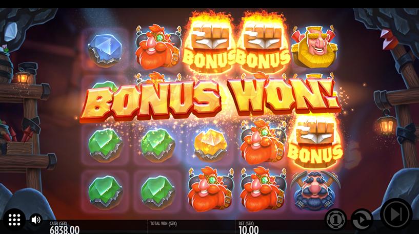 Rocket Fellas Inc Slot Screenshot 2