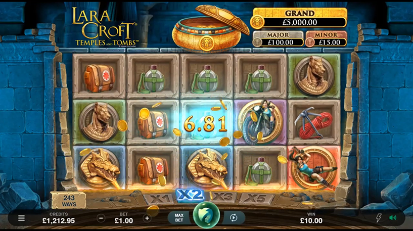 Lara Croft Temple and Tombs Slot Screenshot 3