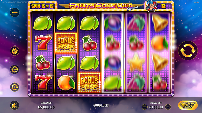 Fruits Gone Wild Supreme Slot Screenshot 3