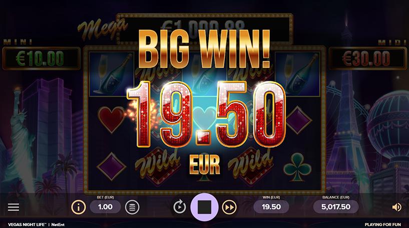 Vegas Night Life Slot Screenshot 2
