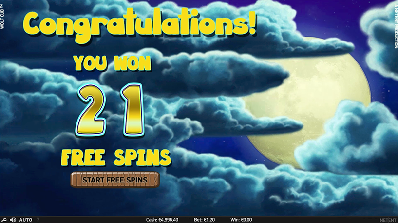 Wolf Cub Slot Screenshot 3
